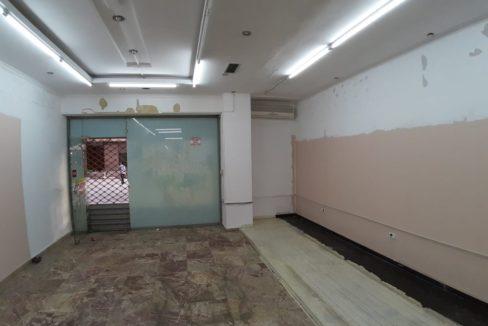 Dyqan me qera ne Tirane (2)