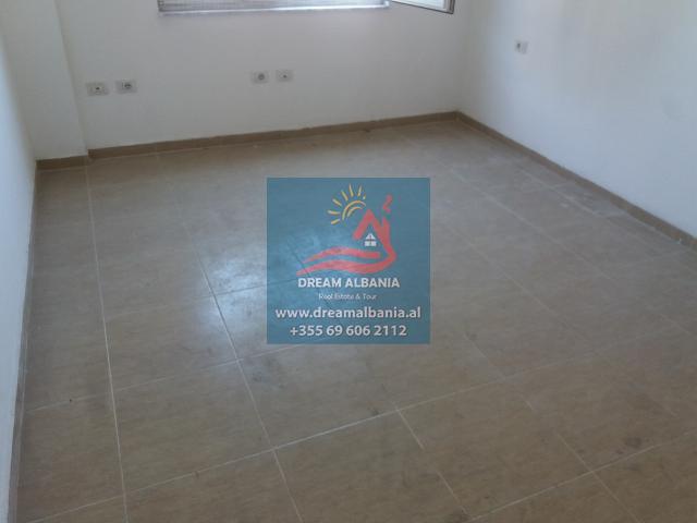 Zyre me Qera ne Tirane (13) (640x480)
