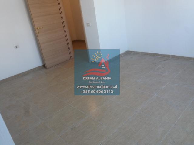 Zyre me Qera ne Tirane (7) (640x480)