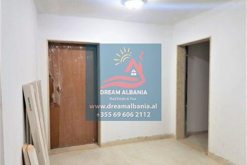 Zyre me qera ne Tirane (3)