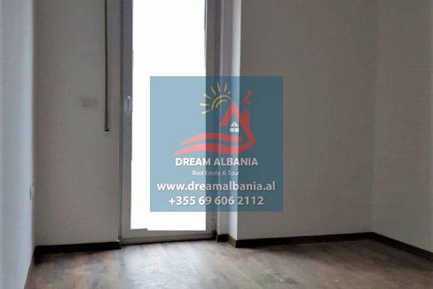 Zyre me qera ne Tirane (8)