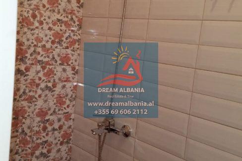 Vile ne shitje ne Tirane (11) (576x1024) (576x1024)