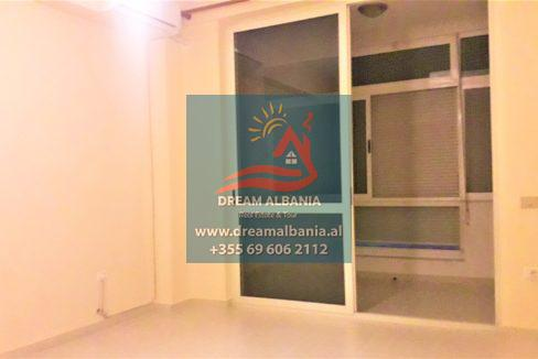 Zyre me qera ne Tirane (5)