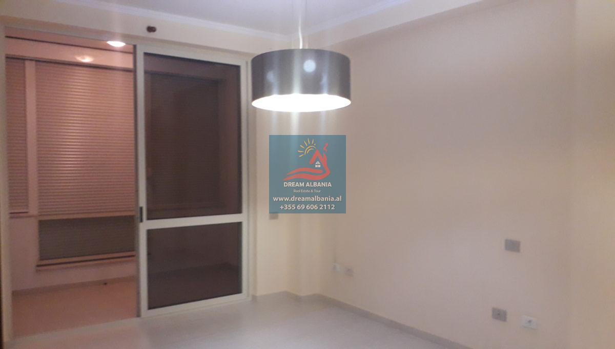 Zyre me qera ne Tirane (6)