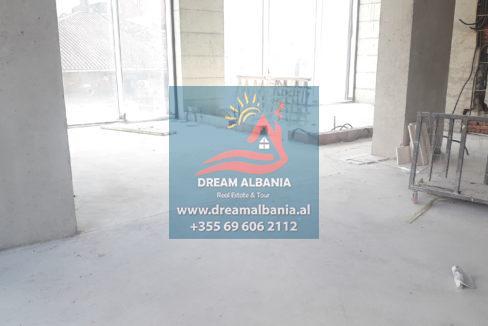 Zyre me qera ne Tirane (4)