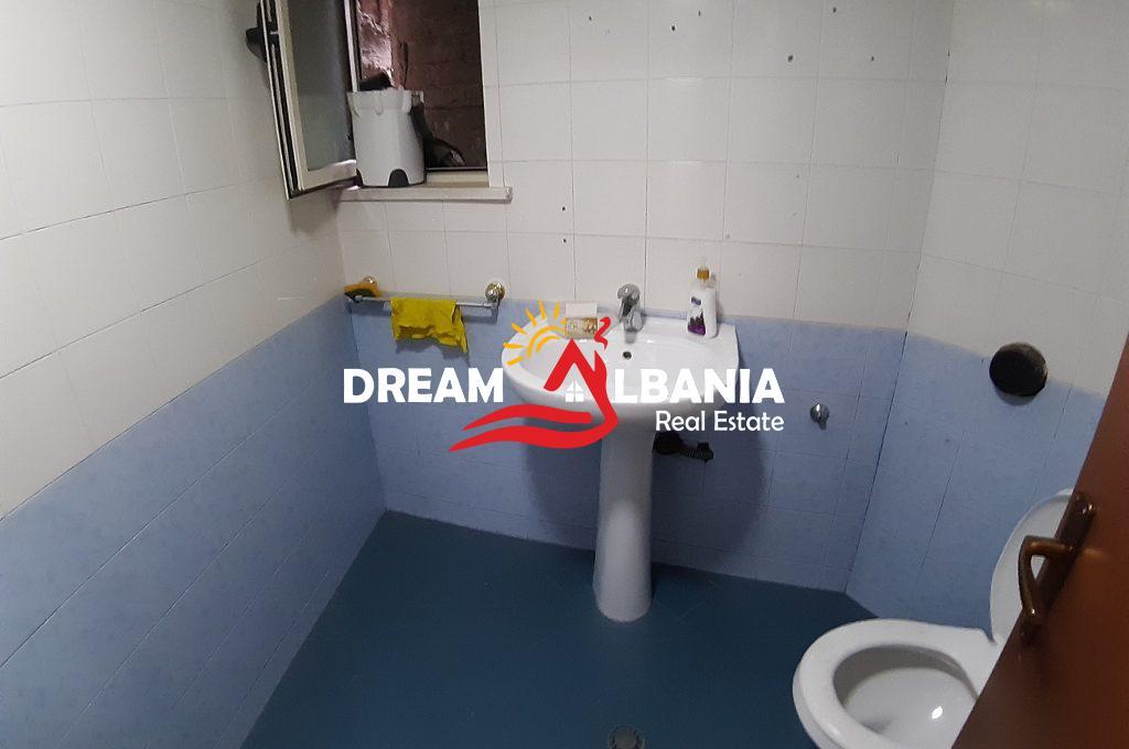 Zyre me qera ne Tirane (9) (1024x768) (1024x768)