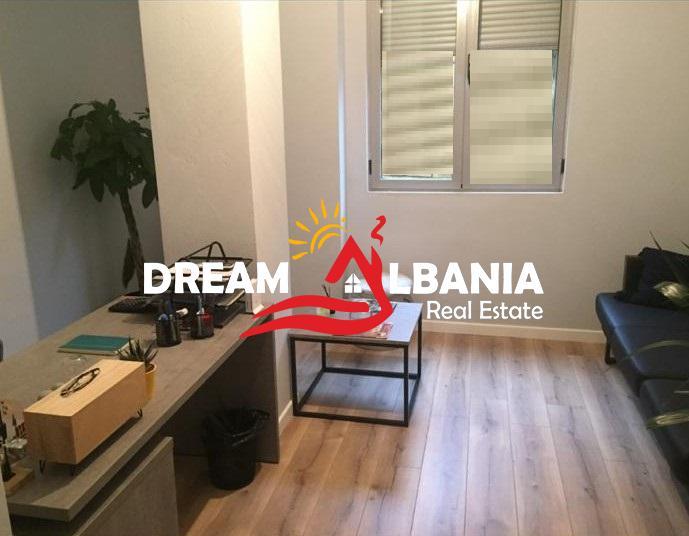 Zyre me qera ne Tirane (1) (689x536) (689x536)