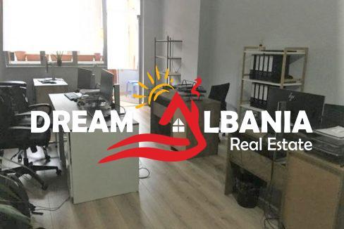 Zyre me qera ne Tirane (2) (713x537) (713x537)