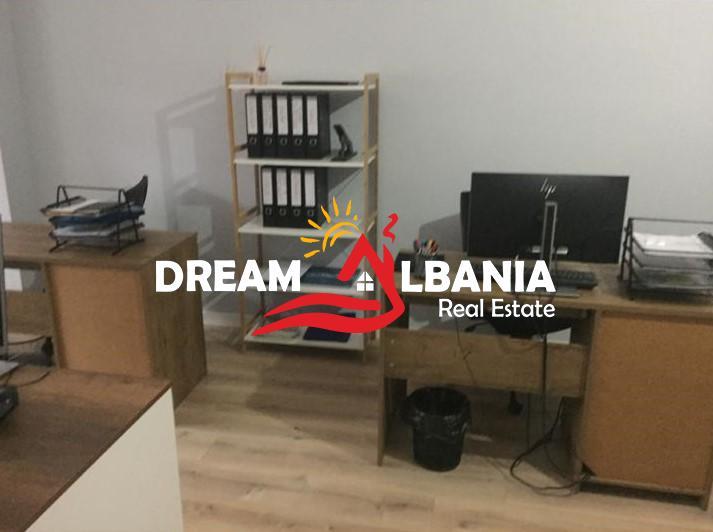 Zyre me qera ne Tirane (3) (713x532) (713x532)